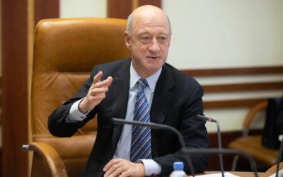 Александр Бабаков посетил Брянск и рассказал, как сделать людей богаче