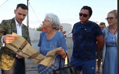 Виктор Яценко провел встречу с жителями Севастополя