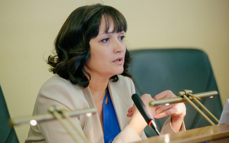 Оксана Набатчикова рассказала, как снизить долговую нагрузку на население