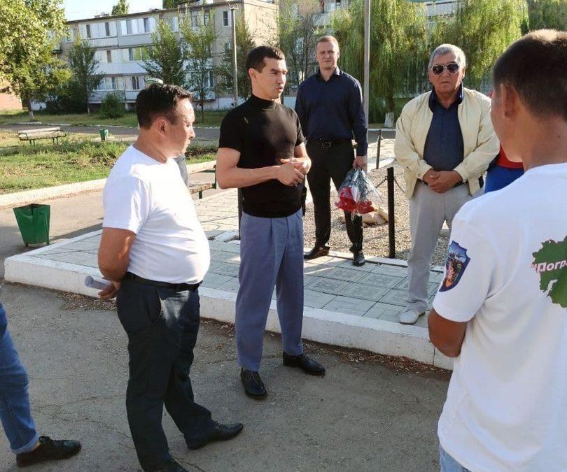 Артем Чеботарев провел встречу с местными жителями