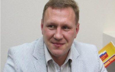 Сергей Асташкин помог жителям с ремонтом дороги